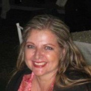 Angie Macias D